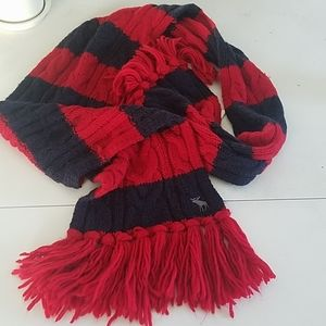 Abercrombie and Fitch Cableknit Scarf